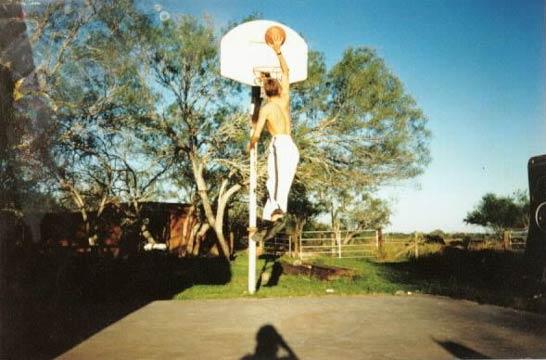 kelly-baggett-dunking