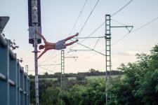 calisthenics-athlete-doing-human-flag