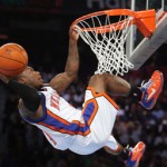 How a 5'5″ Player Trained Himself to Dunk a Basketball